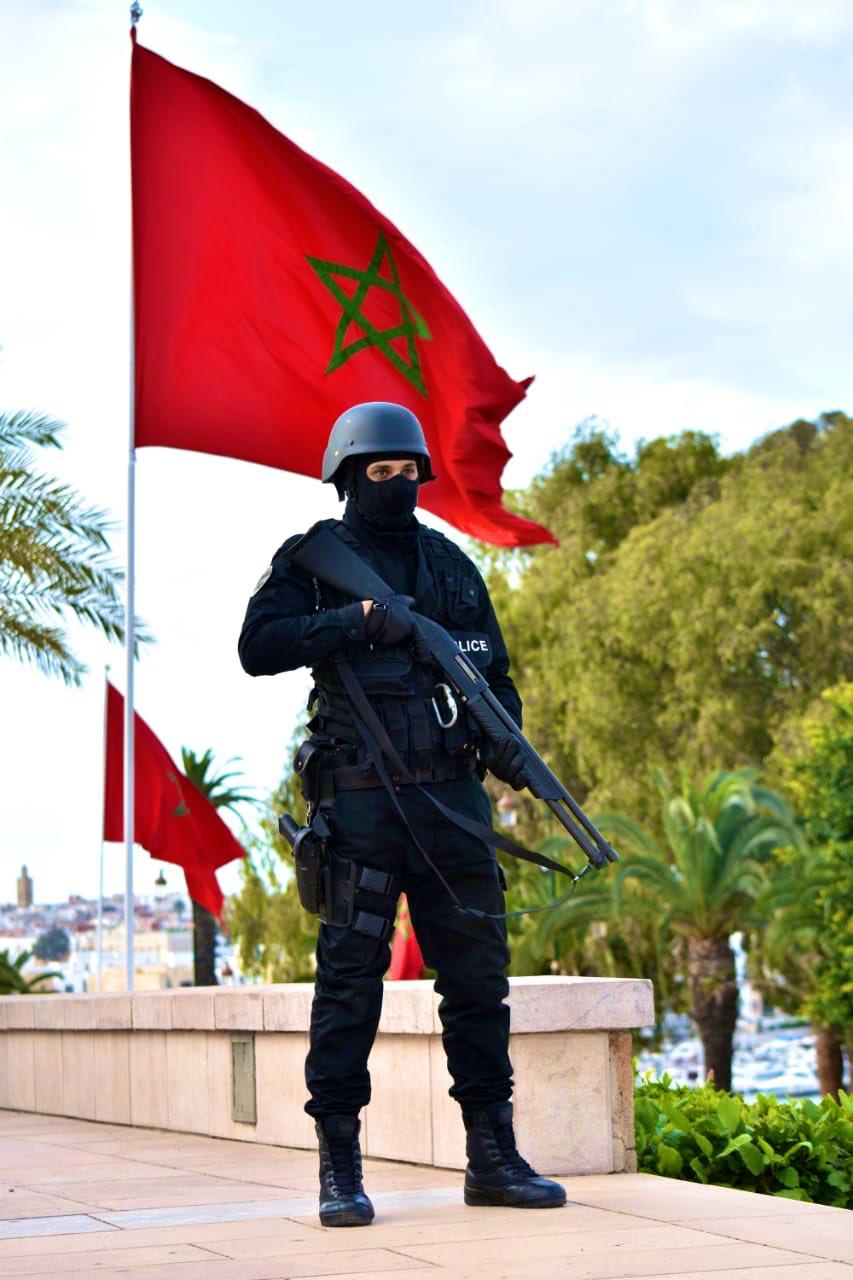 Moroccan Special Forces/Forces spéciales marocaines  :Videos et Photos : BCIJ, Gendarmerie Royale ,  - Page 16 Exv2v010