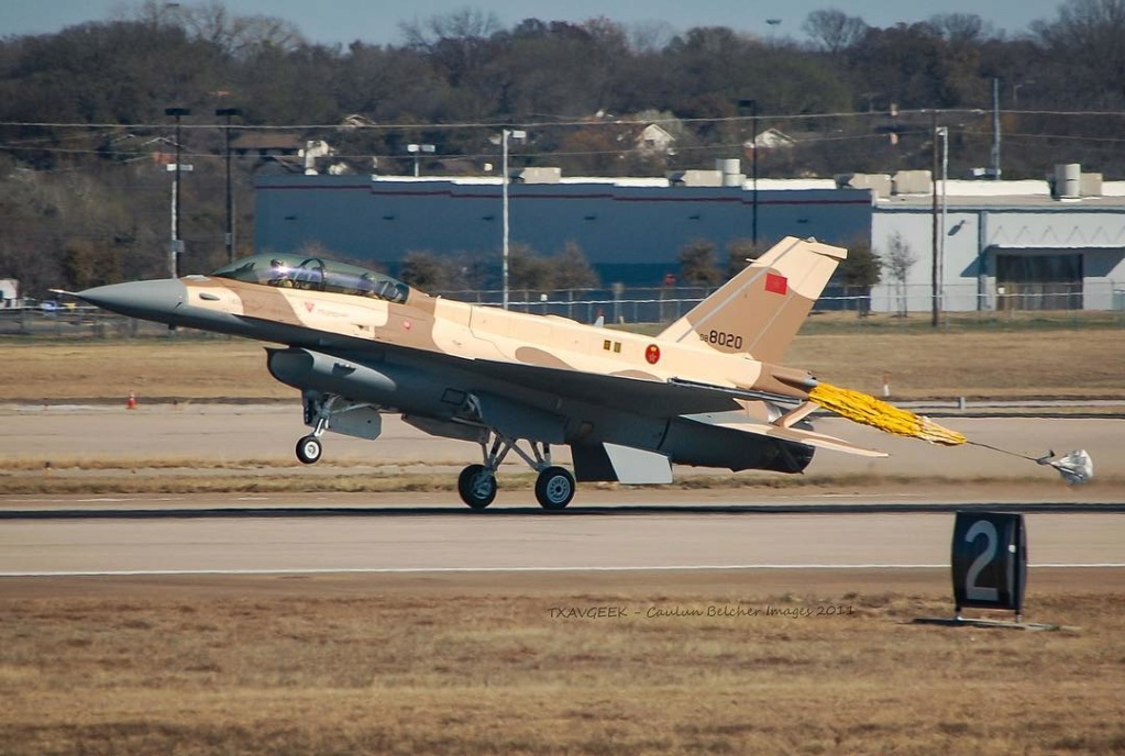 Photos RMAF F-16 C/D Block 52+ - Page 12 F8c36410