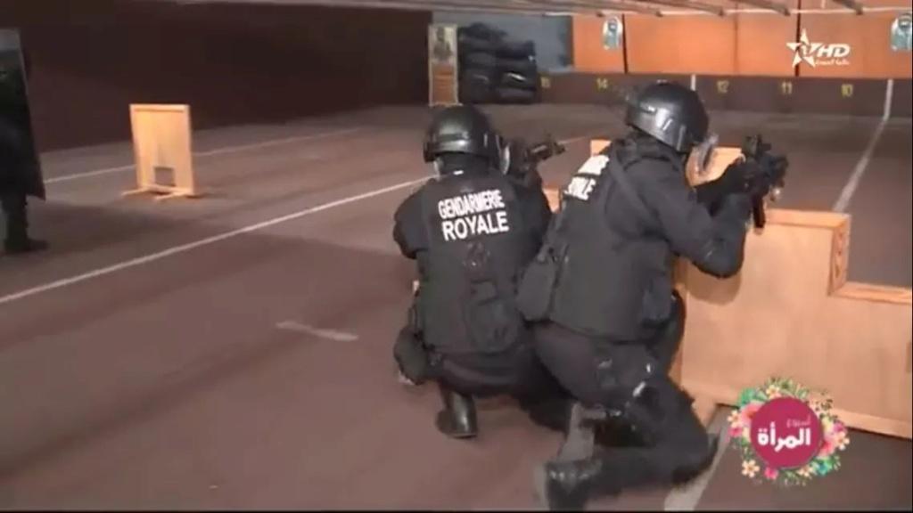 Moroccan Special Forces/Forces spéciales marocaines  :Videos et Photos : BCIJ, Gendarmerie Royale ,  - Page 15 Fb_img46