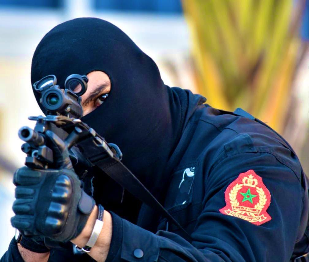 Moroccan Special Forces/Forces spéciales marocaines  :Videos et Photos : BCIJ, Gendarmerie Royale ,  - Page 16 Img_2012