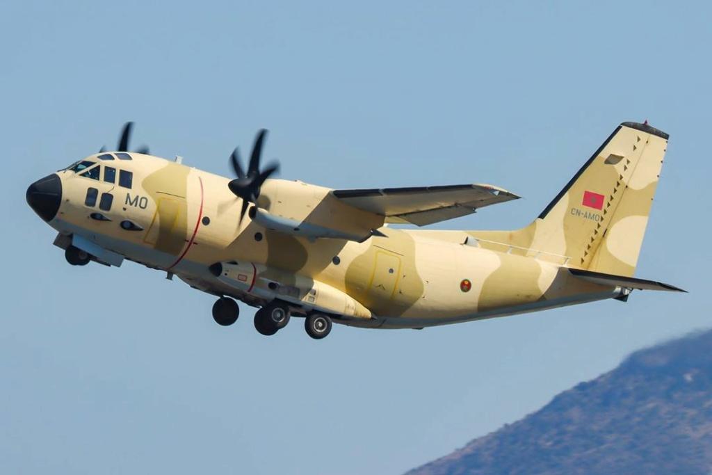 FRA: Photos d'avions de transport - Page 41 Kilo_m10