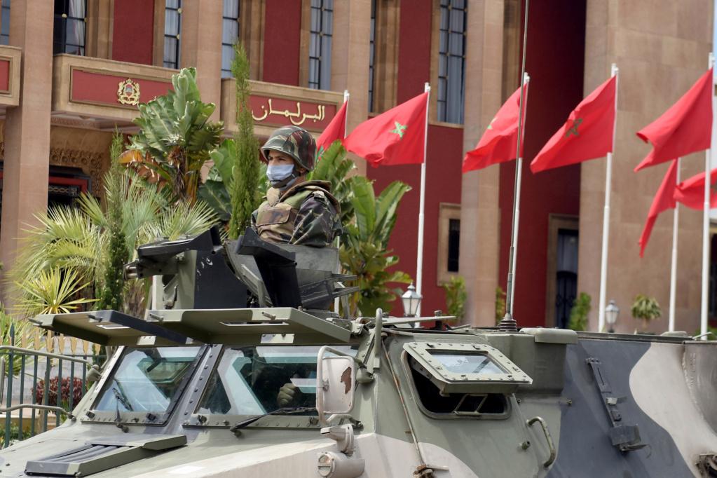 Photos de nos soldats et des Bases Marocaines - Page 7 Les-fo13