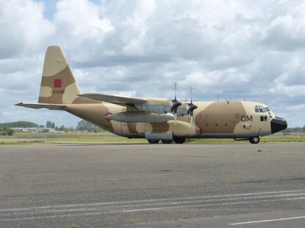 FRA: Photos d'avions de transport - Page 42 Lfsd_a16