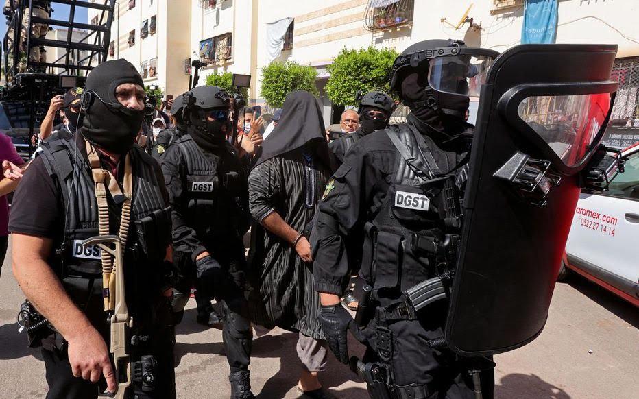BCIJ (Bureau Central d'Investigations Judiciaires) .... FBI Marocain - Page 24 Q34fvp10