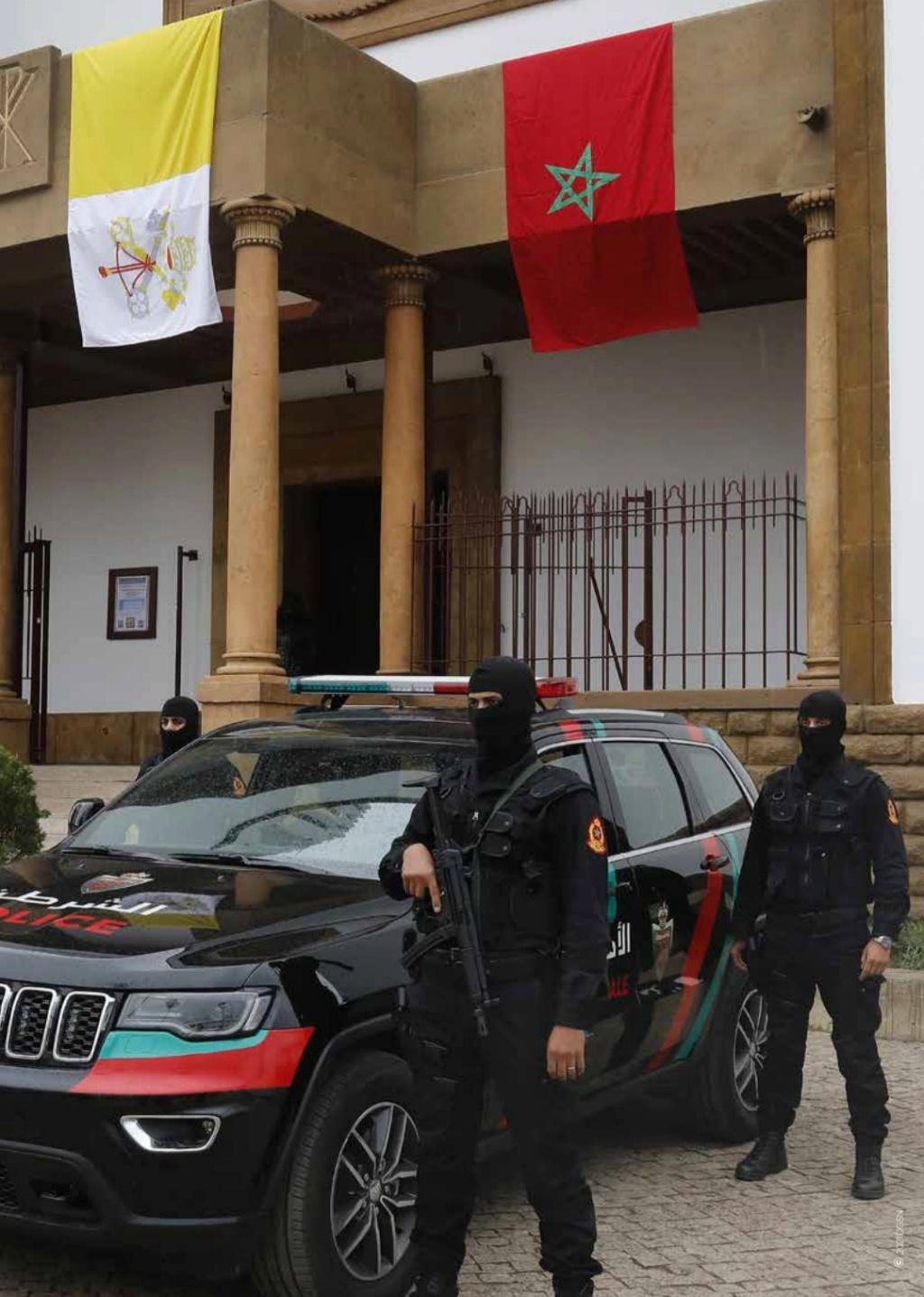 Moroccan Special Forces/Forces spéciales marocaines  :Videos et Photos : BCIJ, Gendarmerie Royale ,  - Page 20 Scree201