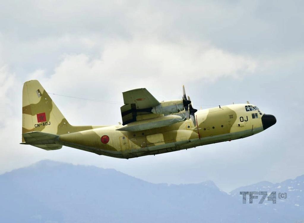 FRA: Photos d'avions de transport - Page 42 Tf74_t10