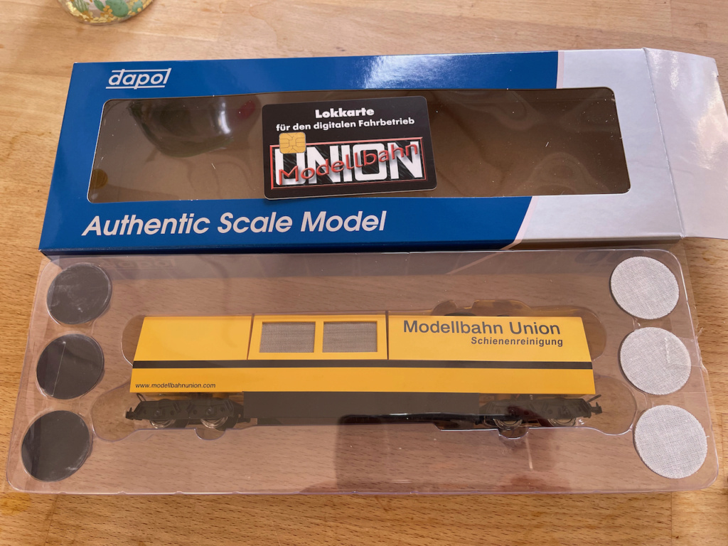 modification wagon de nettoyage Dapol B802 Img_1310