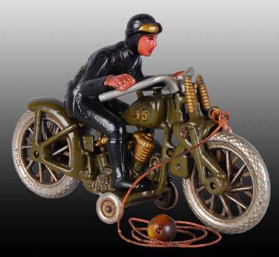 Jouets, jeux anciens et miniatures sur le monde Biker - Page 24 Art810