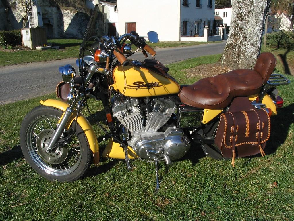 rouler a deux sur sportster - Page 2 Moto0011