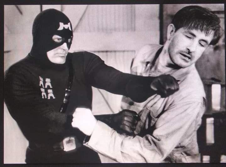 JUEGO: ''La vie en cinema'' ADIVINAR PELÍCULAS MEDIANTE FOTOS - Página 25 Venga10
