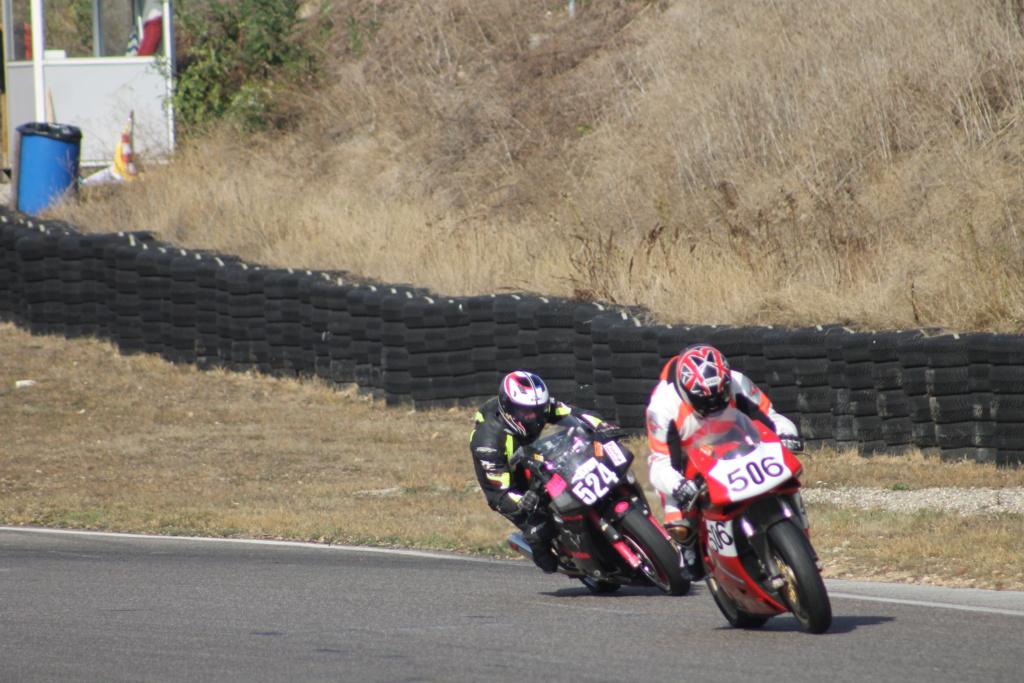 [Road Racing] Infos saison Richard Vuillermet Img_8310