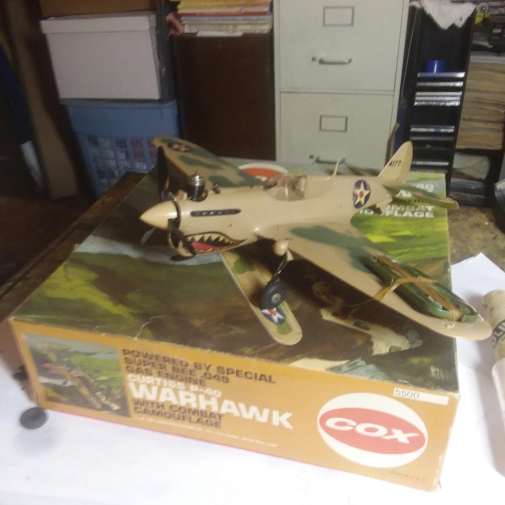 Cox P-40 W/Box Cox_p-10
