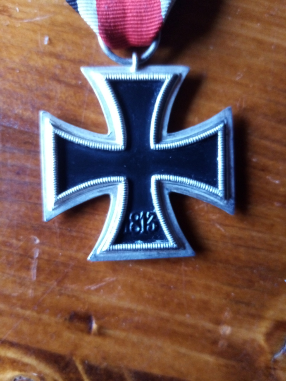 medaille et gourde Img_2028