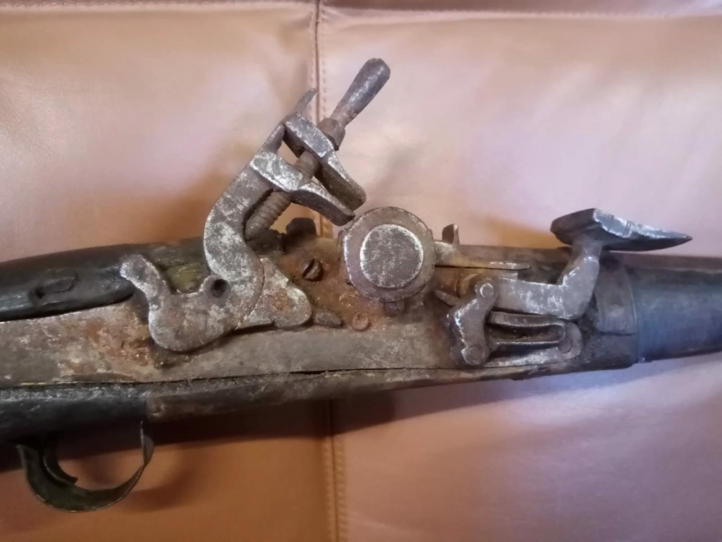 fusil africain 19e siècle Whatsa10