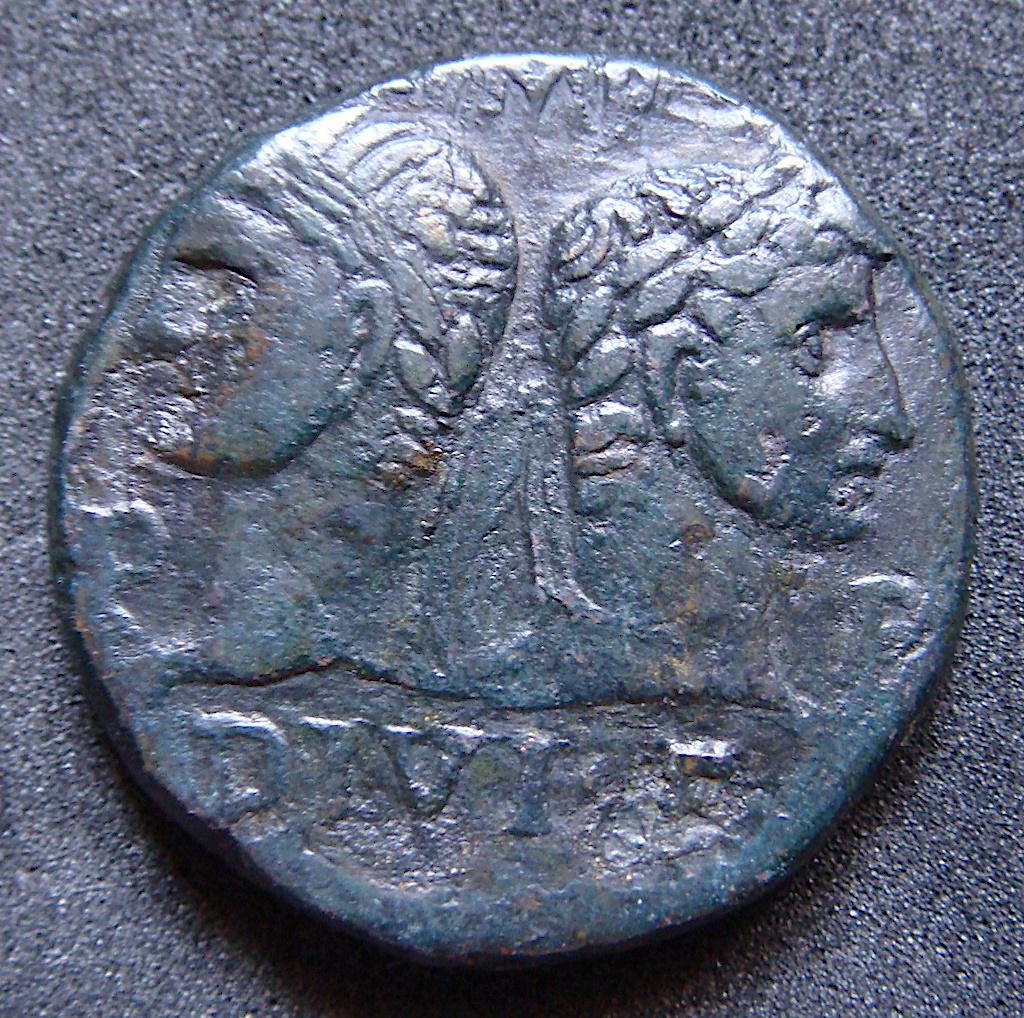 As de  Agripa & Augusto IMP DIVI F P P / COL NEM - Nemausus Dsc04832
