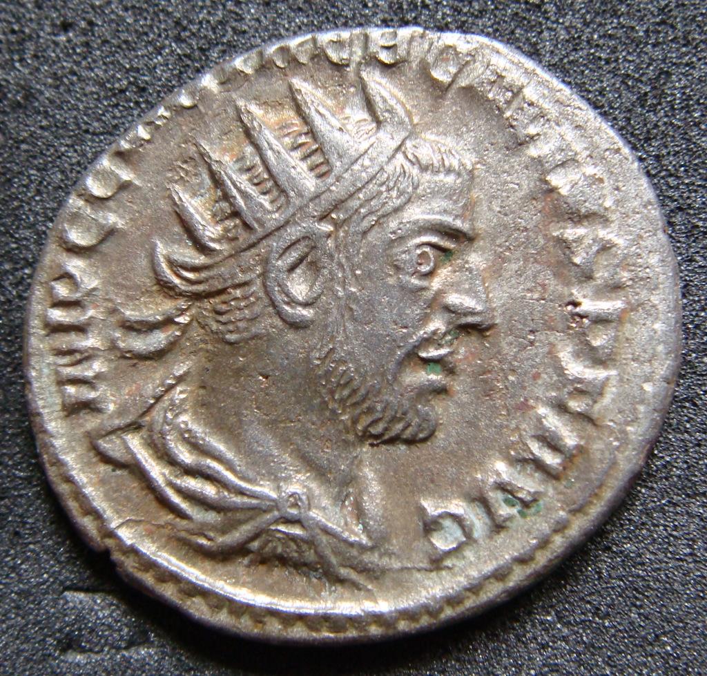 Antoniniano de Treboniano Galo. MARTEM PRO [PVGN] ATOREM. Antioquía Dsc04841