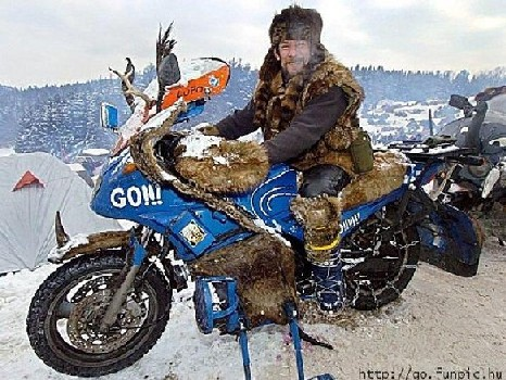 La moto en hiver  - Page 6 Toto_z10