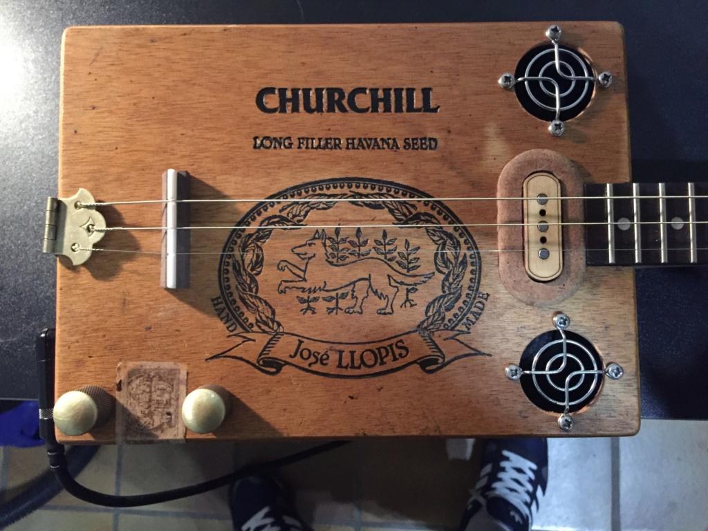 Première cigarbox Churchill  21ec3e10