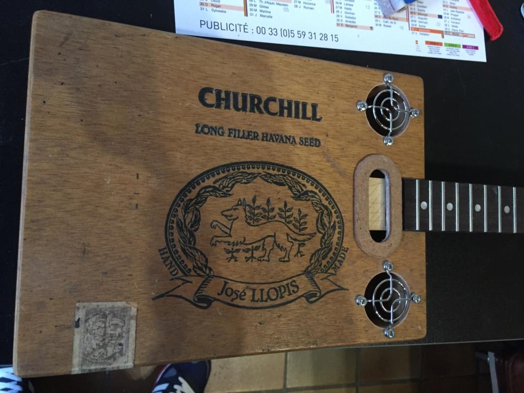 Première cigarbox Churchill  6f030310