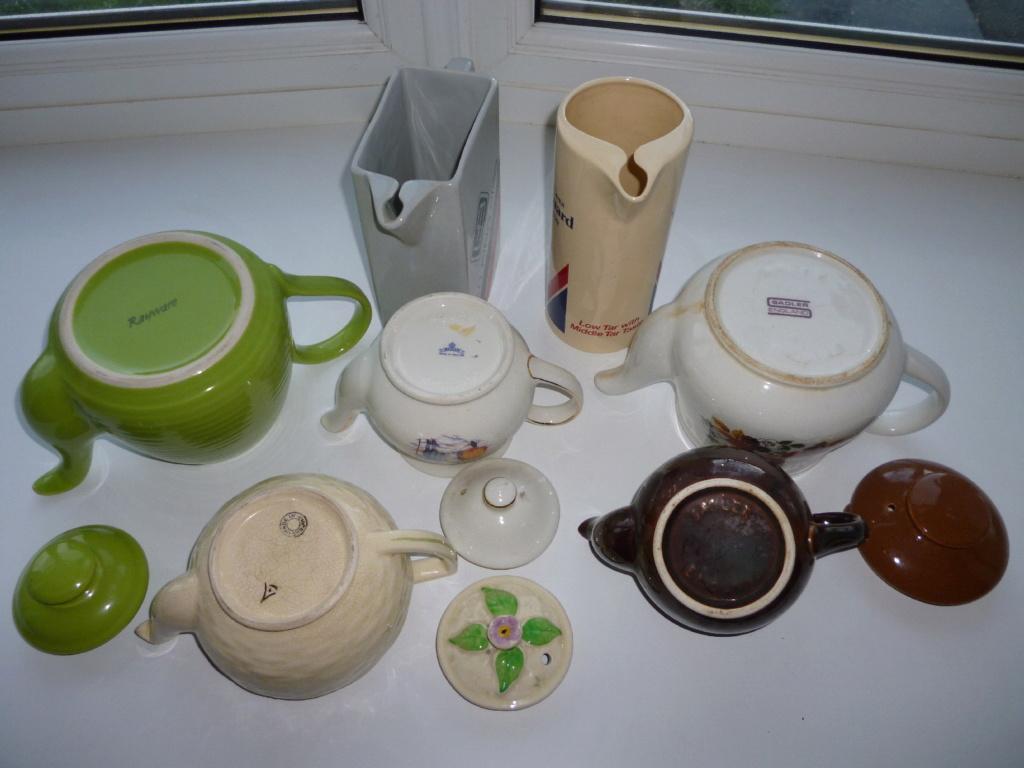 Identify English teapot  P1040710