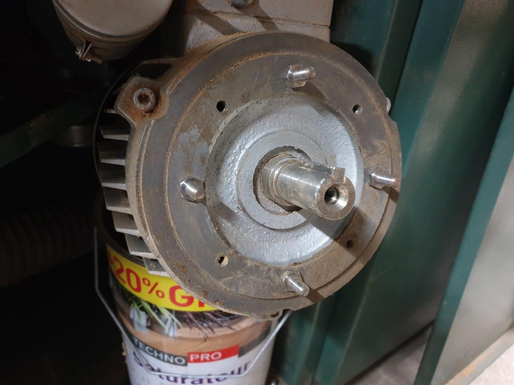 modification poulie moteur Kity 609A Base_m10