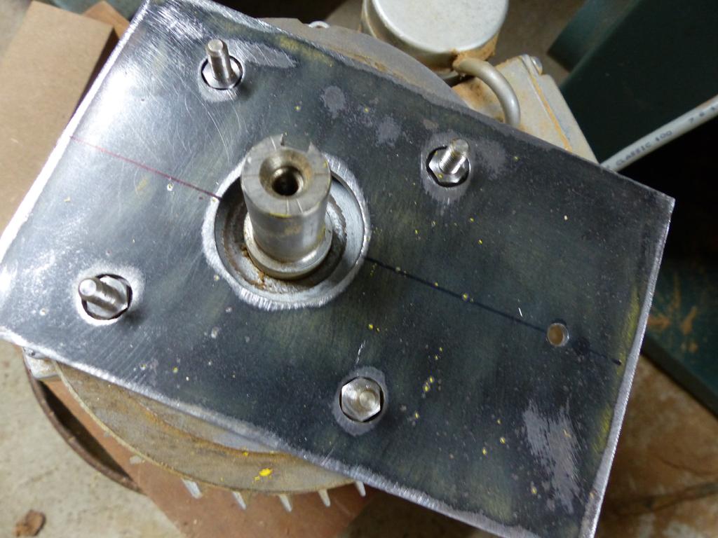 modification poulie moteur Kity 609A P1030311
