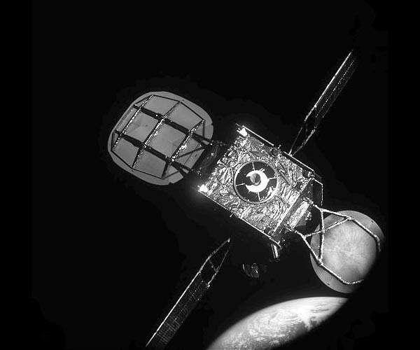 """Le """"remorqueur spatial"""" MEV-1 Spacel10"""