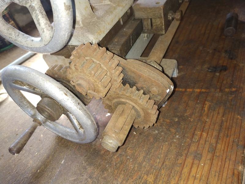 Remise en route d'un tour à métaux artisanal Img_2016