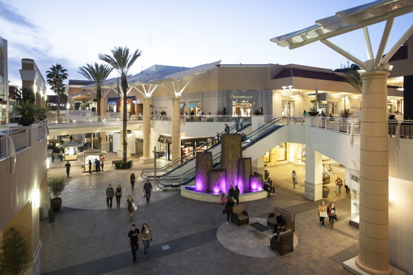 Shopping center Pacific Shoppi10