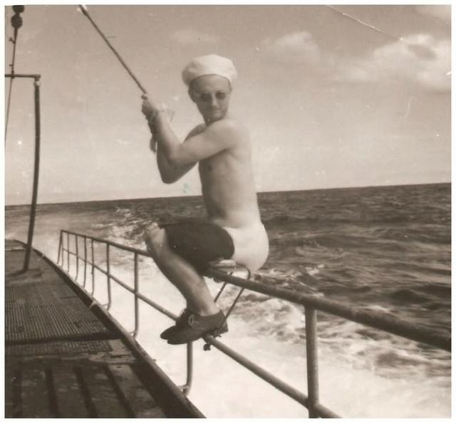 Devinette : la fin merdique d'un U-Boot  K_u12910