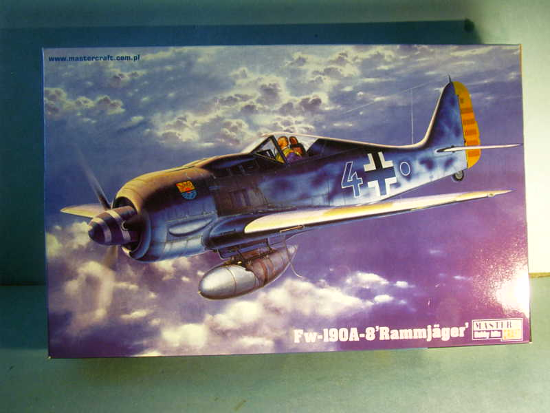 Multi-présentations MASTERCRAFT d avions au 1/72ème Imag0067