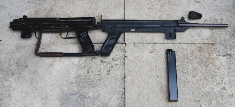 Pistolets-mitrailleurs : on n'en parle pas beaucoup ! - Page 7 Dsc_0011