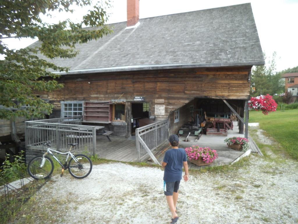 Petite balade autour du lac St-Jean. Dscf3561