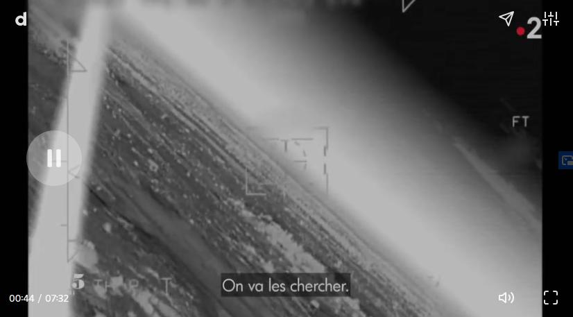 """VIDEO. Opération Barkhane. """"Ils se sont crashés !"""" : images et récit exclusifs du sauvetage de l'équipage de la Gazelle Crahs10"""