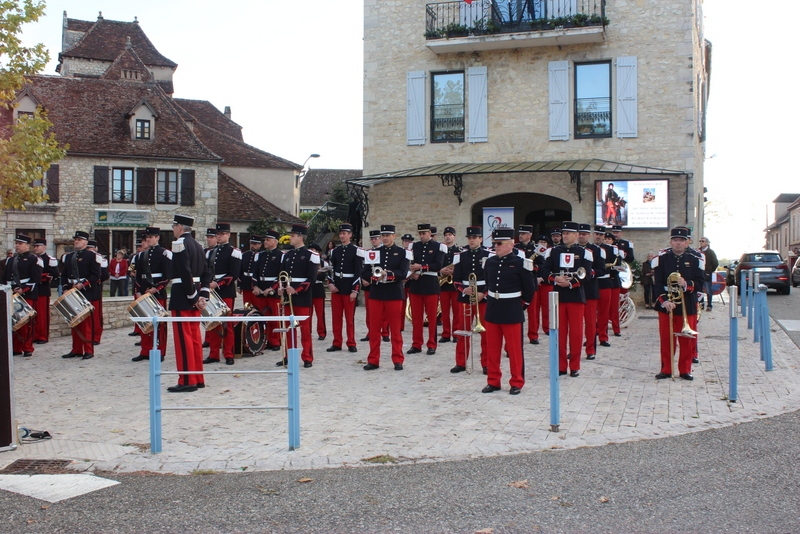 Joachim Murat Inauguration à Labastide-Murat - L'inauguration de la statue en présence de la Musique des parachutistes de Toulouse. Img_8911