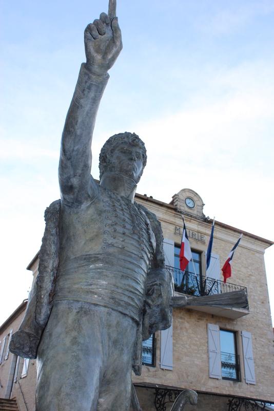 Joachim Murat Inauguration à Labastide-Murat - L'inauguration de la statue en présence de la Musique des parachutistes de Toulouse. Img_9012