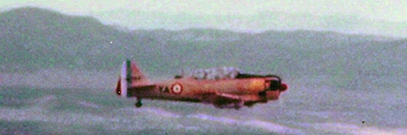 Photo de T6 et Ju-52 en 1958 T6-210
