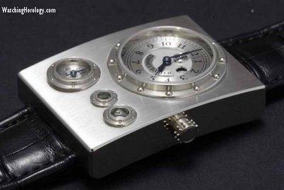 """Investiriez-vous 10 000 euros dans une montre très """"déjantée"""" Vianne10"""