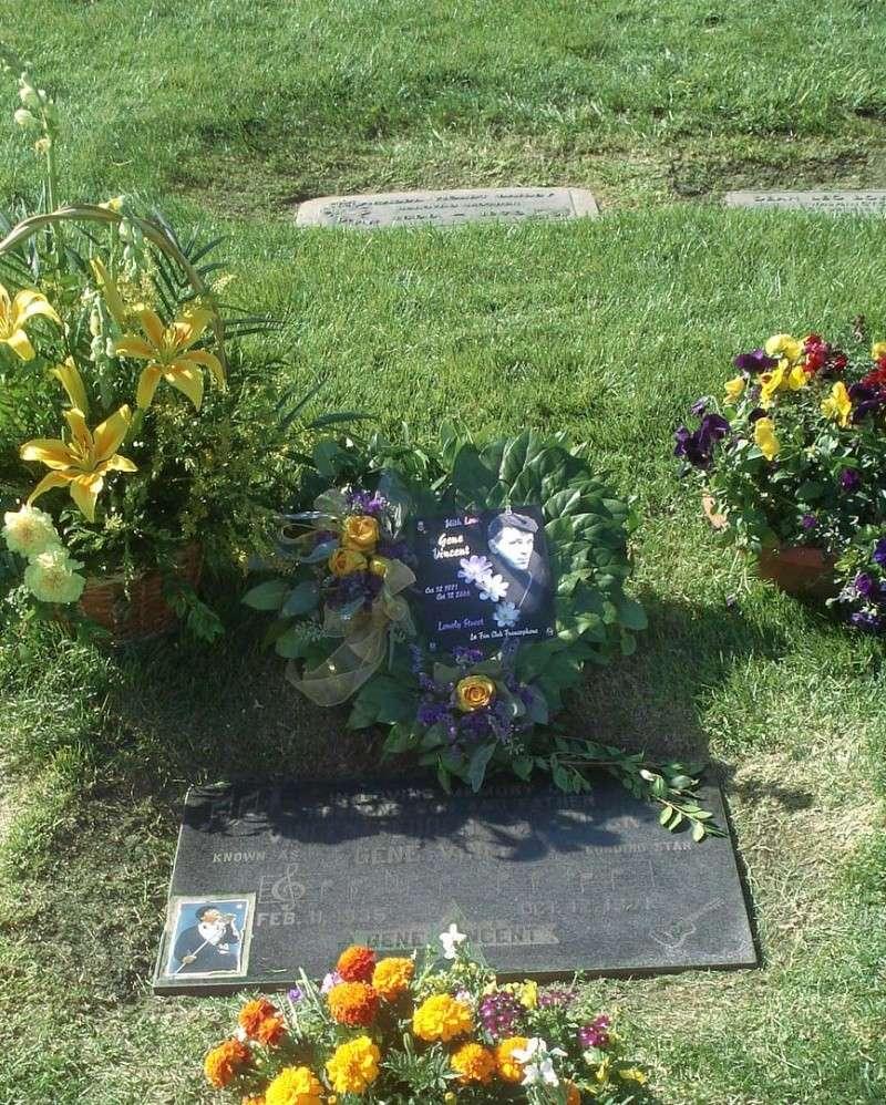 2008 fleurs pour lGene Vincent  12 octobre - Eternal Valley - Page 2 10-12-14