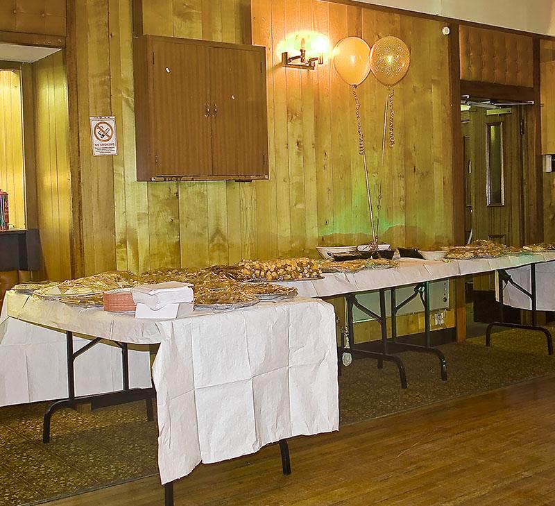 The Golden Wedding Buffet10