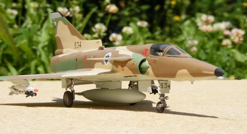 [Italeri] Kfir C-7 / F-21A Lion 2007_013