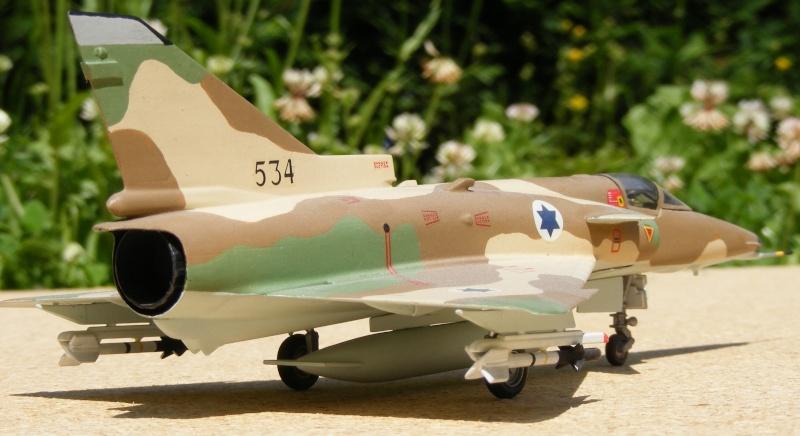 [Italeri] Kfir C-7 / F-21A Lion 2007_017