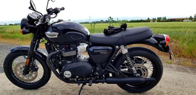 Triumph Bonneville Triump11