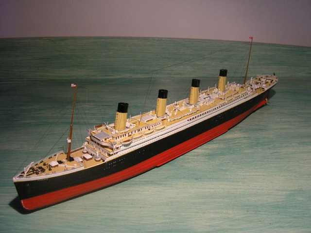 Ma collection sur le Titanic Pc210710
