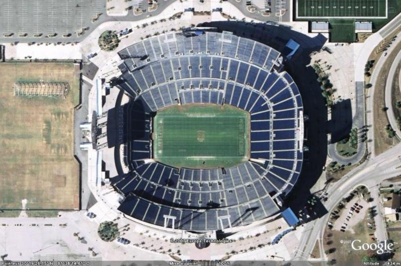 Stades de football américain full ! USA - Page 3 Jaguar10