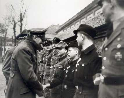 Quelques photos... 2 Hitler11