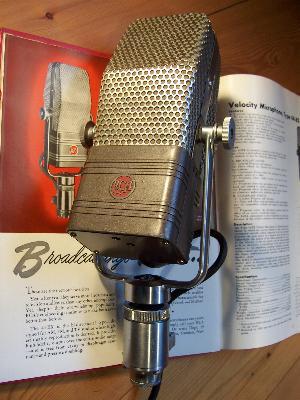 Vintage Microphones !!!! Rca_4410