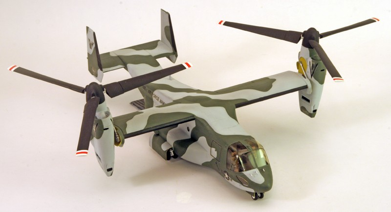 "Bell/Boeing V-22 ""Osprey"" [1:72 - Italeri] Dessus10"