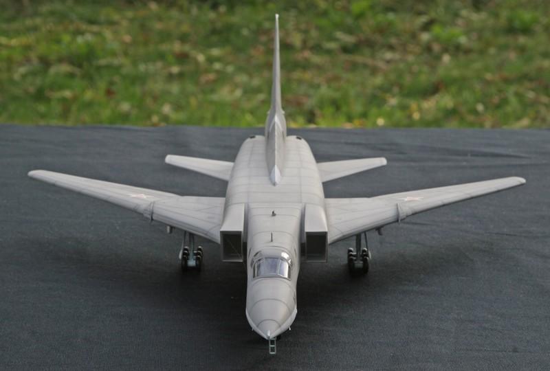 """Tupolev Tu-22M """"BACKFIRE C"""" [1:72 - Italeri] Tu22m_18"""