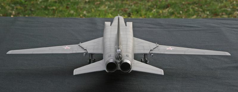 """Tupolev Tu-22M """"BACKFIRE C"""" [1:72 - Italeri] Tu22m_25"""